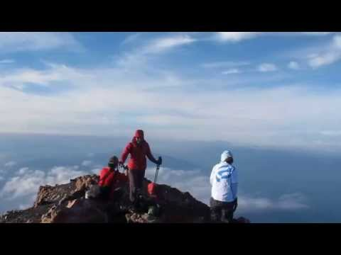 Top Mountain of Kerinci, the highest volcanic mountain Travel Video