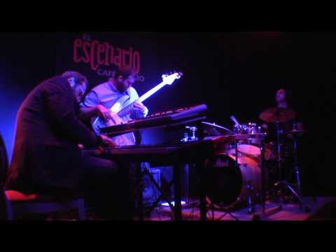 "TENTACLES BAND - ""San Pedro de madrugada / Magnetic Rose"" - Café Teatro EL ESCENARIO (Estepona)"