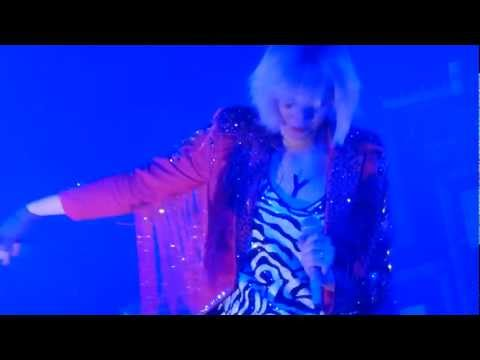 Yeah Yeah Yeahs - Skeletons LIVE HD (2013) Pomona Glass House