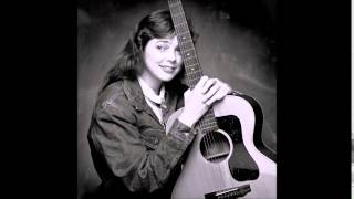 Watch Nanci Griffith Southbound Train video