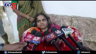 Disha Mother Happy On Accused Encounter | Justice for Disha | Disha Family | Disha Judgement | TV5