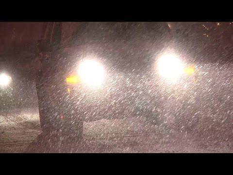 11/17/2014 Grand Rapids, MI Night Time Lake Effect Winter Storm B-Roll