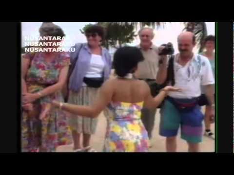 Santa Hoky - Bunga Bunga Cinta (MTV).flv
