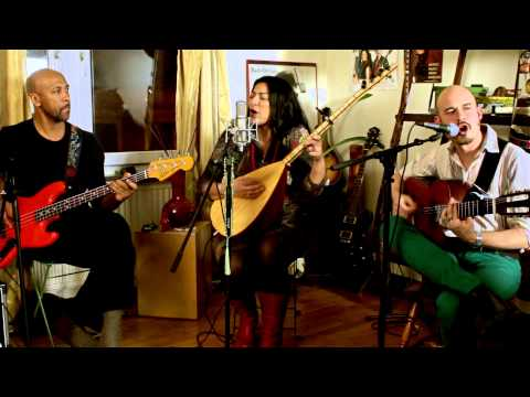 Tarabband - Baghdad Choby (Live from Nadin's apartment)