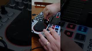 DjTech 4Mix - Scratching and Pads tests