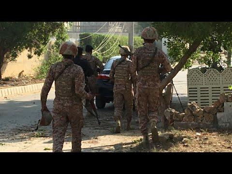 باكستان: 14 قتيلا على الأقل في اعتداء نفذه مجهولون ضد حافلات للركاب  - نشر قبل 3 ساعة