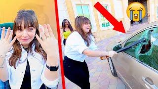 كسرت سيارتها وفاجأتها بسيارة جديدة 🤯 !!!