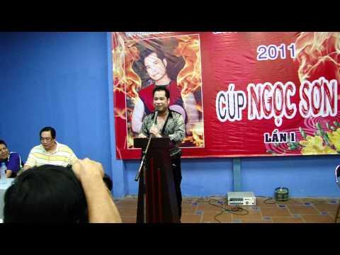 Ca sĩ Ngọc Sơn phát biểu
