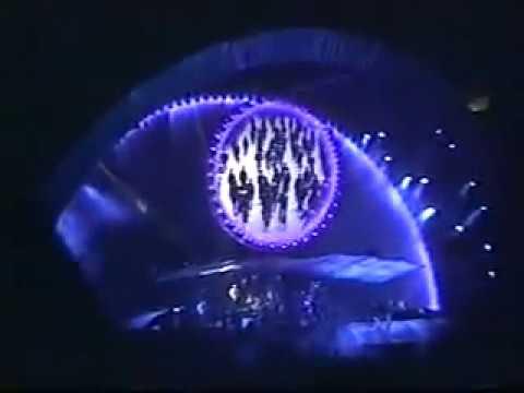 Pink Floyd July 17, 1994 East Rutherford, NJ USA