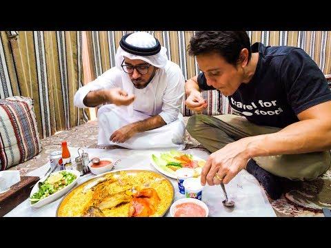 The Ultimate DUBAI FOOD TOUR - Street Food and Emirati Cuisine in Dubai, UAE!