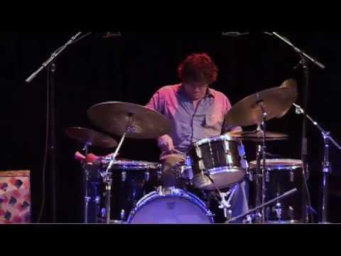Michael Baird drumsolo & theme 'Fast Jazz'