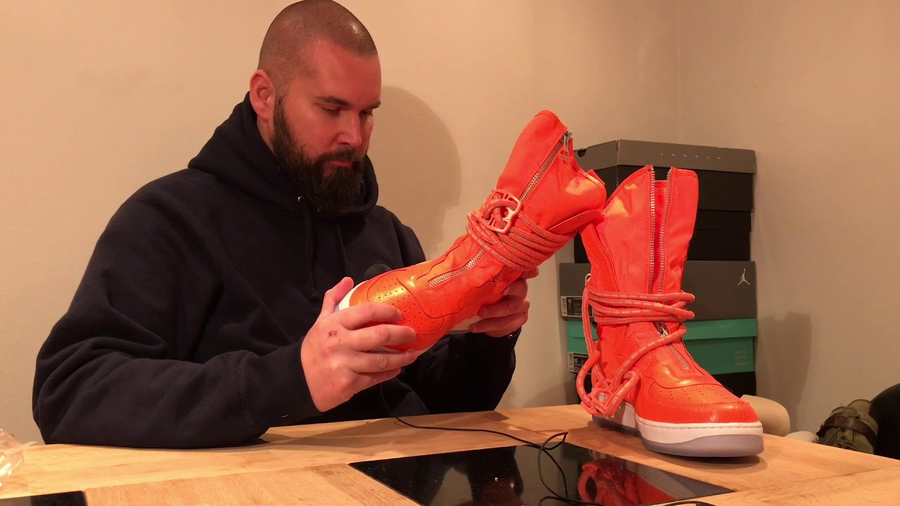 7ee96f2a48e7 Unboxing   Trying on Nike SF-AF1 Air Force 1 Hi Boot - Orange AA1128 ...