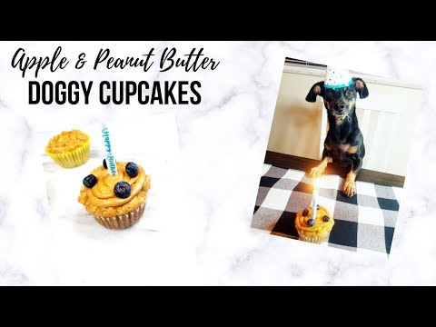 dog-cupcakes-|-apple-&-peanut-butter-cupcakes