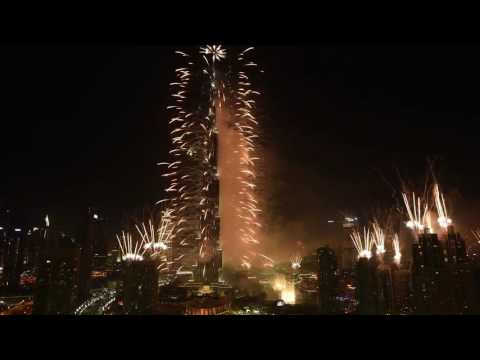 Dubai says Hello 2017 | New Year's Eve Fireworks Display | Emirates Airline