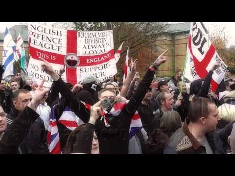 EDL Luton Sing 'Stick Your F*CKING Islam Up Your Arse' 22 Nov 2014
