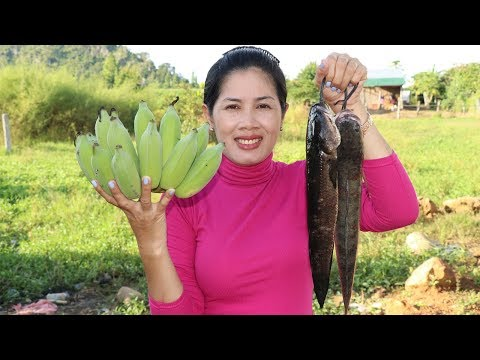 Awesome Cooking  Fish  With Banana Recipe –  Cook Fish Recipes –  Village Food Factory