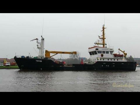 buoy laying vessel TRITON DBHK IMO 9123025 BJ 1997 Emden Tonnenleger