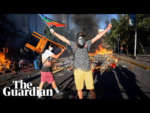 Protesters In Chile Clash With Riot Police Amid Growing Unrest