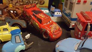 Disney Pixar Cars 3 Crashed/Race Damaged Lightning McQueen (Rusteze #95) Custom Review