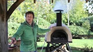 Джейми Оливер показывает как готовить стейк в дровяной печи