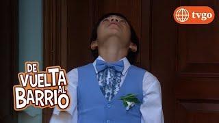 ¡Pedrito se mete en problemas con Lily por una revista íntima! - De Vuelta al Barrio 02/04/2018
