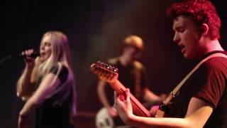 Rock in der Region 2016: ELLI -  In The Middle Of The Spring (Live @ HDJ Osnabrück 02.12.16)
