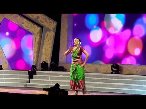 Very nice  dance performance  by shobana in Bangalore. must watch..