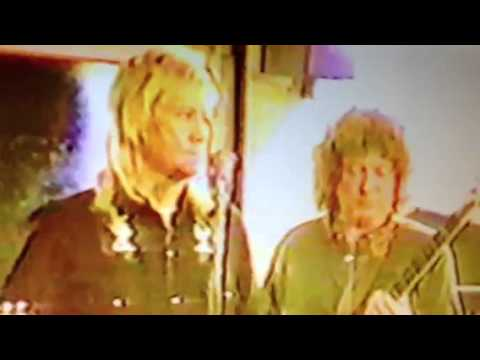 Elliott Tuffin , Brian Connolly and Steve priest from Sweet