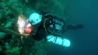 Red Lake et le plongeur de l'extrême