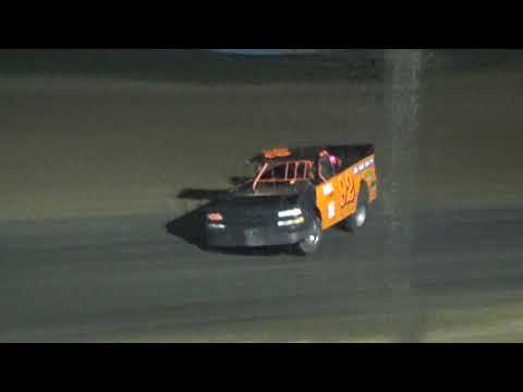 Pro Truck Saturday Night Special Race at Crystal Motor Speedway, Michigan on 09-15-2018!