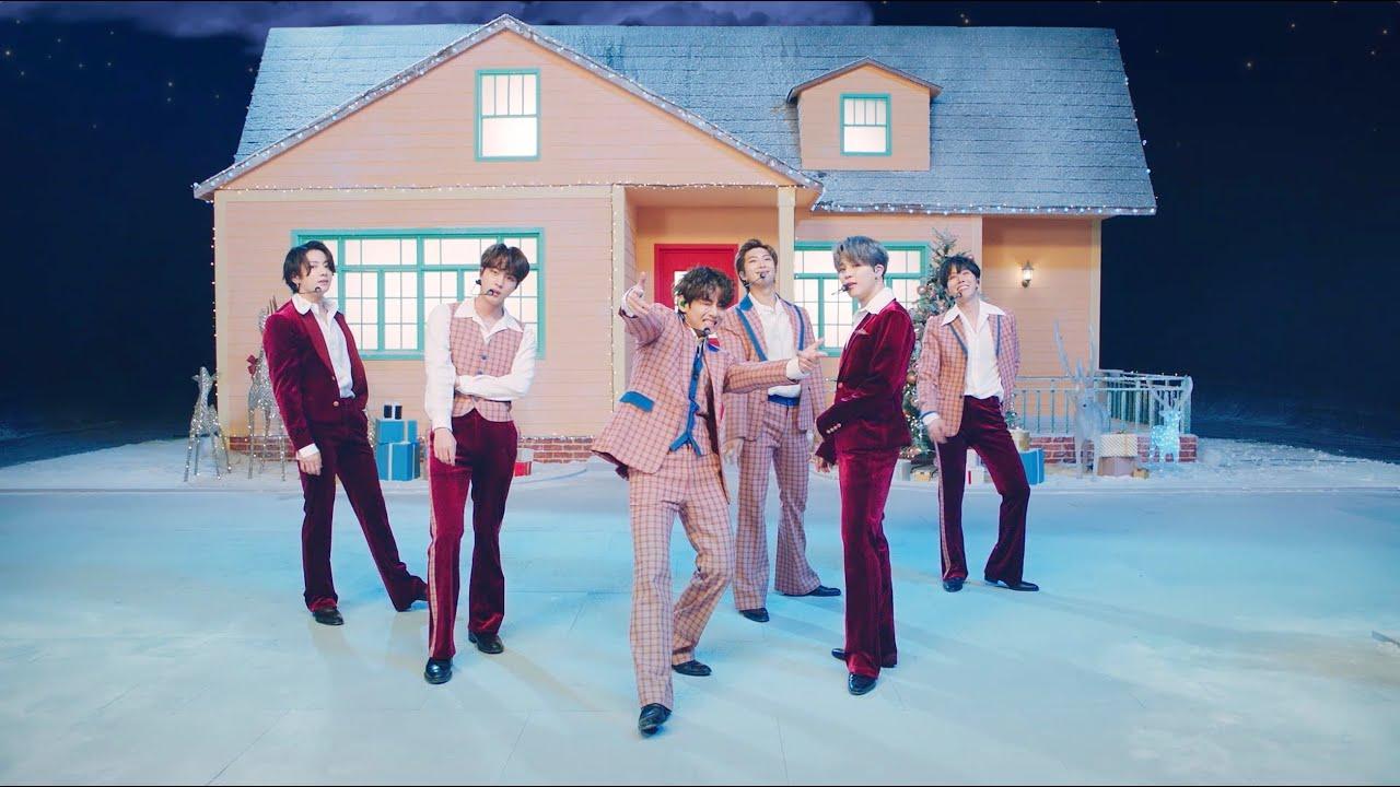 """BTS interpretó """"Dynamite"""" para un especial de Navidad"""