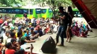 Video GILA BATU Hizrah Bacan Feat Bonita Ahay IN TAMAN MINI download MP3, 3GP, MP4, WEBM, AVI, FLV Mei 2018