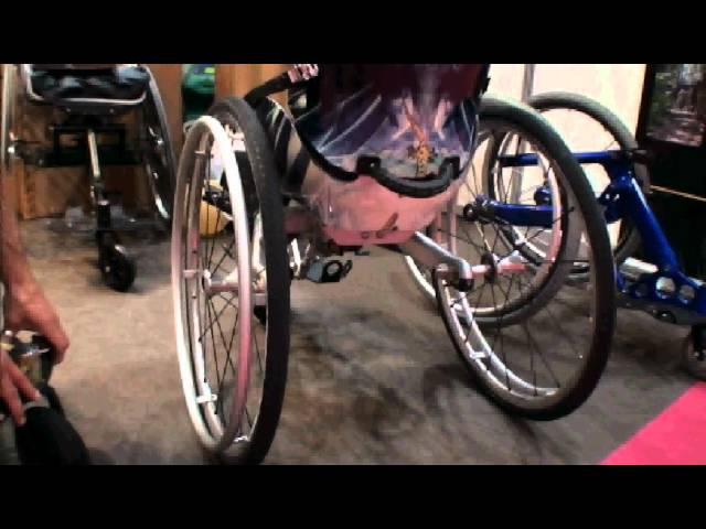 THE fauteuil: 2KS TRACE