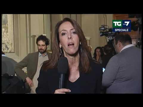 TG LA7 Speciale Sulla Crisi Di Governo (Puntata 12/12/2016)