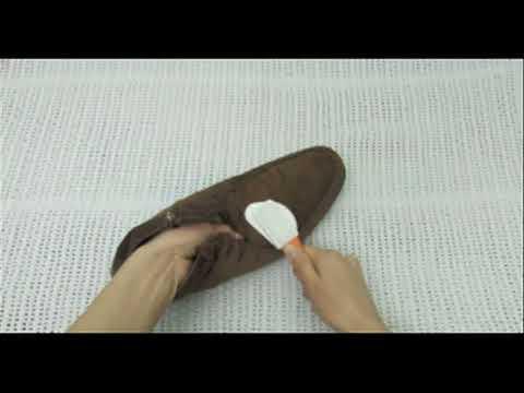 4 Cách Làm Sạch Giày Nhung Cực Đơn Gian – Hiệu Quả Bất Ngờ