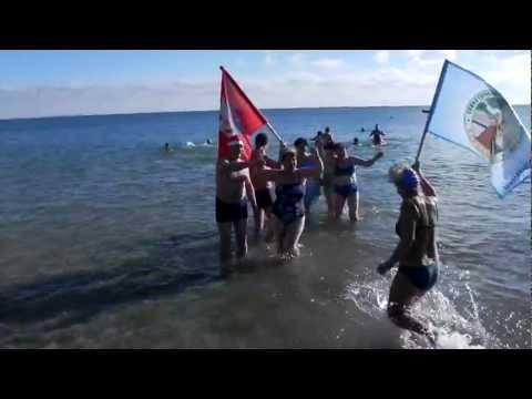 Сакские моржи участвовали в евпаторийском слете - привью к видео rOe_tKlipVg