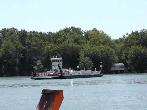 Brussels Ferry on the Illinois River