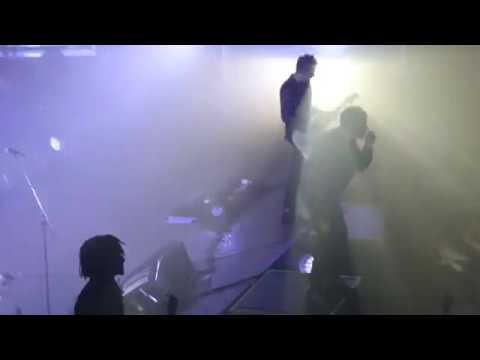 Gorillaz - Feel Good Inc - Portsmouth Guildhall, 4/6/17
