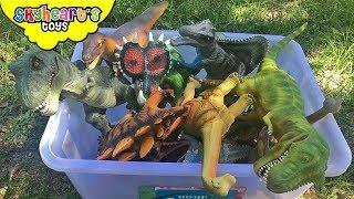 DINOSAUR FIGHT in a Box! Skyheart T-rex Raptor Triceratops prehistoric toys