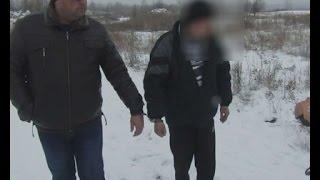 У Коростені Житомирської області вбили таксиста(http://magnolia-tv.com/ В поліції з'ясували, що злочинці під виглядом пасажирів викликали таксі, коли виїхали за..., 2016-12-21T18:27:28.000Z)