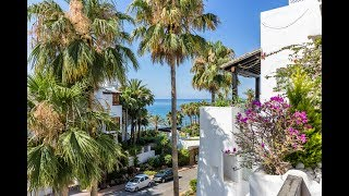 Beachside Penthouse in Puente Romano, Marbella Golden Mile