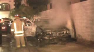 Prenden fuego a 3 camionetas en Reynosa que estaban en venta