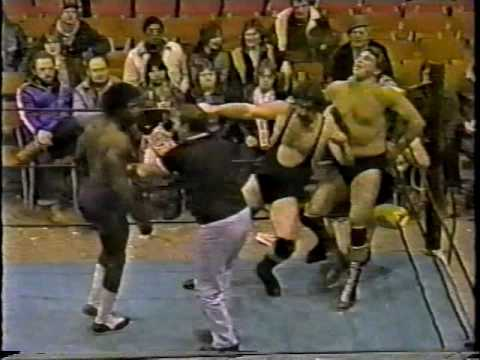 Rudy Kay & Terry Kay vs. Brickhouse Brown & Nick DeCarlo [1984-02-04]