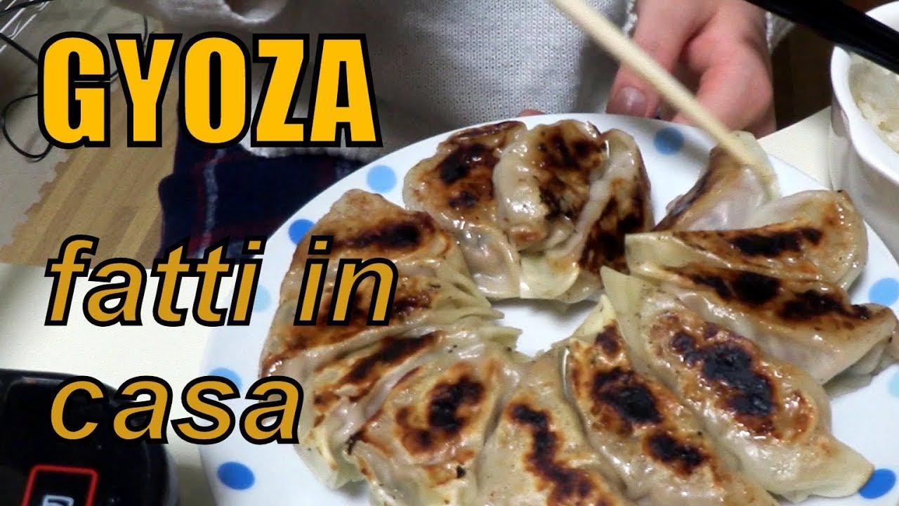 Ricetta Gyoza Giallo Zafferano.Gyoza Ravioli Giapponesi Fatti In Casa Youtube