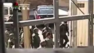 بابا عمرو جيش بشار الاسد يقبض على فتاة ليتم اغتصابها