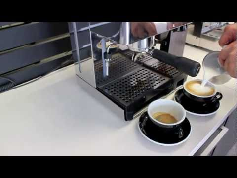 how to make cappuccino with the la pavoni domus bar youtube. Black Bedroom Furniture Sets. Home Design Ideas