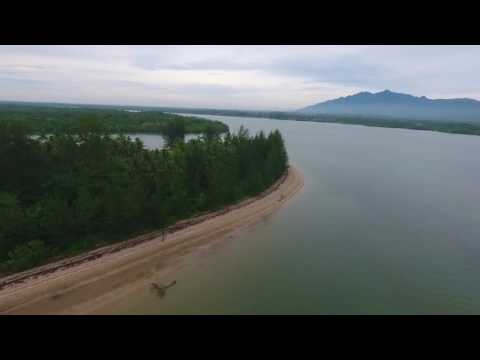 Kampung Sibu Laut, Telaga Air (Phantom 4 2.6km flight Full HD)