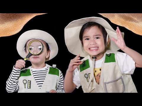 Going on a Turkey Hunt   Kids Song with Sia and Elias