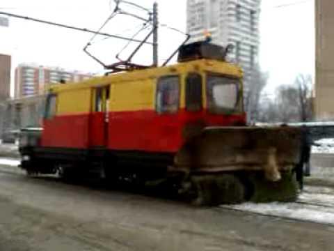 трамвай-снегоуборщик skoda