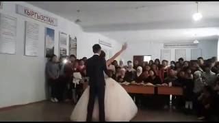 школа №28 Учар самый лучший  Осенний Бал